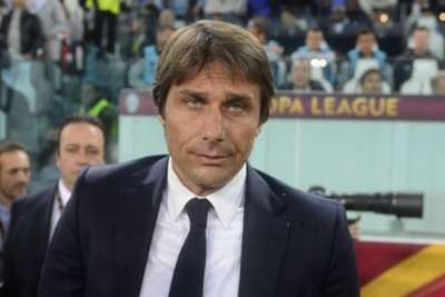 Soccer - Conte issues Cuadrado backing - EPL 2016/2017 - Chelsea